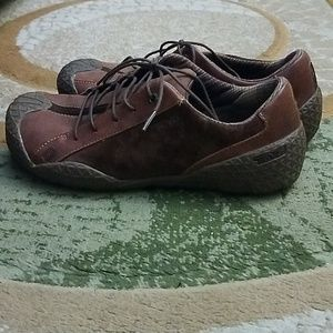 Teva Shoes - Mens brown suede and leather teva laceup shoes